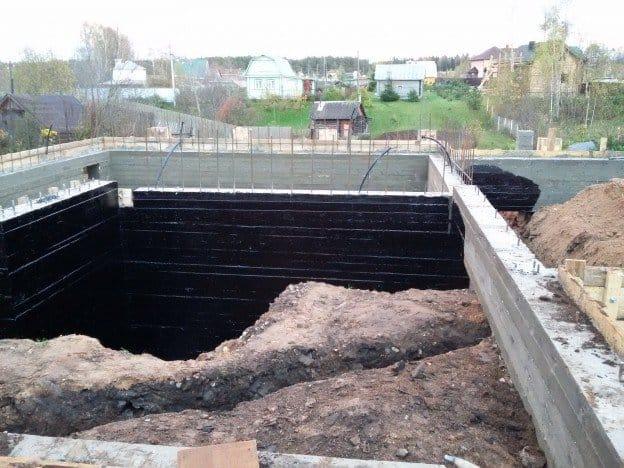 Стоимость ленточного фундамента под забор в Люберцах